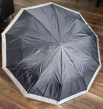 Paraguas de alta resistencia portátil 3 veces Negro Con Plata Abrigo UV Compacto de Viaje