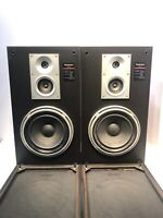 TECHNICS SB-L51 Linear Phase 3 way 8 ohms Speakers - Pair - works good -75 Watts