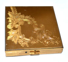 Vintage Zell Fifth Avenue Gold Compact In Artistic Engraved Flower Design Unused