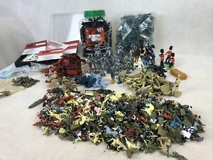 Airfix Job Lot Mini Toy Soldiers,knights Painted And Not, Check Pics, Worth, Kit