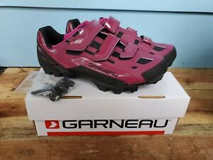 NEW 9 US Louis Garneau Sapphire Mountain Bike Shoes - Magenta Purple