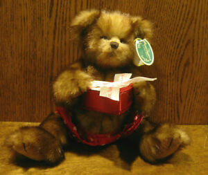 """Bearington Plush #1915 WILLIE FINDLOVE, 12"""" Tall jointed, NEW/tags Valentines"""