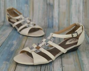 Clarks Artisan Size 9 Beige Snake Print Strappy Wedge Sandals