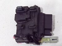 1999 99 2000 00 2001 01 Honda CRV CR-V master window switch M17432 oem