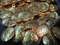 8 X 20mm Grande Tono Oro Metal efecto martillado Botones De Caña-LC400