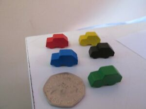 WOODEN CAR TOKENS FOR BOARD GAMES 5 COLOURS RED BLACK YELLOW GREEN AND BLUE