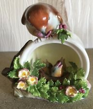 ROYAL  DOULTON BIRD ROBIN ON CAN FEEDING YOUNG CHICKS CHINA FLOWERS PERFECT