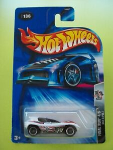 Hot Wheels 2004 Final Run CAT-A-PULT (White) #04/05 New In Packet