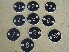 Lot de 10 X Qualité Gravé Disques 30 mm-Table de chiffres pubs Restaurants Clubs