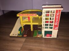 Vintage Fisher Price Garage Parking Service Centre Elevator Ramp 1970's Toy