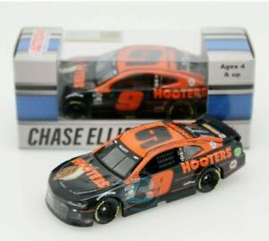💥2021 CHASE ELLIOTT # 9 Hooters 1:64 In Stock. New in box 💥