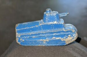 1930s LEAD FIGURAL WWI ARMY TANK MILITARY NOVELTY TOY PENCIL SHARPENER, JAPAN