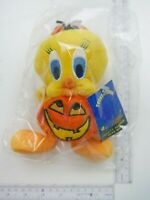 Warner Brothers Store Toons of Terror Tweety Pumpkin Bean Bag NEW Free Shpping