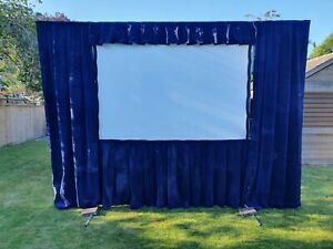 Da-Lite Fastfold Screen with Front & Rear Projection Surface with Drape Kit