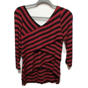 Vince Camuto Women's Red Black Tiered Top Size Medium  V Neck 3/4 Sleeve Stretch