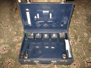 A vintage good quality leather fitted travelling case