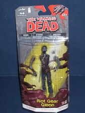 Walking Dead Riot Gear Glenn Error Card Comic Book Series Two McFarlane  NIB