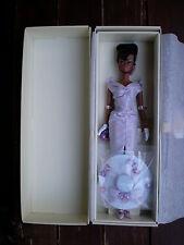 La DOMENICA migliori SILKSTONE Barbie doll Mattel 2002 seconda AA Fashion Modello mai tolto dalla scatola