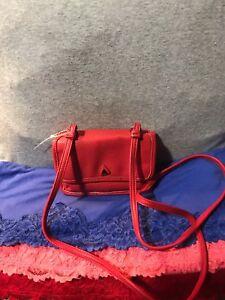 Liz Claiborne Pebble Grain PVC  Shoulder Bag Credit Card Snap X Body