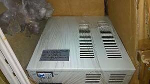regulateur hybride d'éolienne 48v 1000w avec 300w de solaire