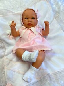 BEAUTIFUL SPANISH DOLL REBORN ALTERNATIVE CAN  STUNNING OUTFIT OPEN EYED