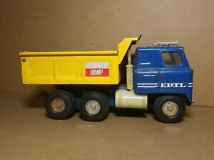 Vintage Ertl International IH Transtar Hydraulic Dump Truck 1/16 BLUE / YELLOW