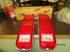 New Replacement Taillight Assy PAIR / FOR FORD ECONOLINE BRONCO F150 F250 & F350