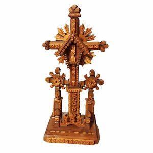 Beautiful Wood Tramp art (Lithuanian?) Cross
