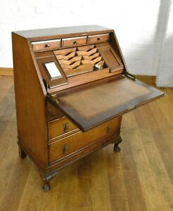 Antique vintage oak Queen Anne style fitted writing bureau / desk