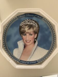 Franklin Mint Plate Limited Edition.Tribute to Princess Diana. Plate No. PO39761