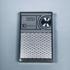 Vintage General Electric 10 Transistor AM Radio and Case P1704A - Works