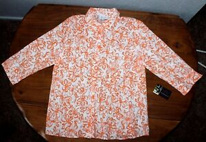 Women's  D & CO  Floral   button up  Blouse  top 3/4  sleeves    Medium   EUC