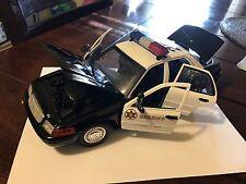 1:18 Motor Max Crown Victoria Interceptor Los Angeles Sheriff Edition Police