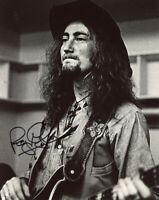 ROGER GLOVER SIGNED AUTOGRAPHED 8x10 PHOTO BASSIST DEEP PURPLE RARE BECKETT BAS
