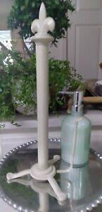 Iron Paper Towel Holder - Creme ~ Fleur-de-lis