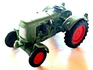 SIKU 1016 Traktor Fendt Dieselross, Maßstab 1:50, OHNE OVP