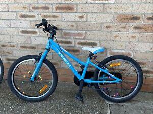 "Trek Precaliber 20"" Single Speed Girls Bike Light Blue In very good condition"