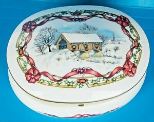 1991 Heritage House O COME ALL YE FAITHFUL Melodies of Christmas Music Box MINT