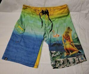 """Super Cool VINTAGE REEF Surf Board Short Water Short """"Ladies Thong Print"""" SZ 36"""