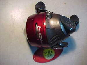 NEW RED ZEBCO 404 SPINCAST FISHING REEL Gear Ratio: 2.8:1  15 POUND LINE for rod