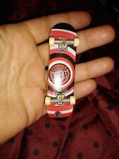 Tech Deck Flip red & black Gonzalez P2 Penny fingeboard excellent toy skateboard