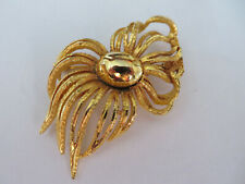 tone brooch Large Vintage gold