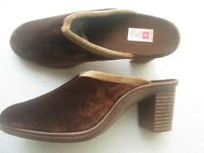 VINTAGE ST MICHAEL MULE SLIPPERS SIZE 8 USED 1970'S BRITISH MADE