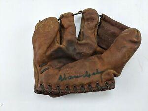 1950s Warren Spahn AUTOGRAPHED MacGregor GB31 Glove