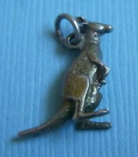 Vintage kangaroo with joey in pouch sterling charm
