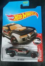 2016 Hot Wheels Treasure Hunt HW PURSUIT - HW RESCUE 1/10 Long Card.