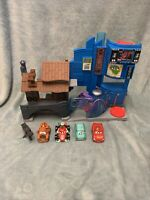 Fisher-price Imaginext Disney Cars 2 Tokyo Playset **rare** 4 Cars Included