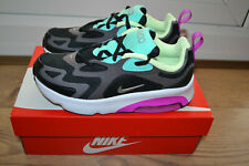 GIrls  NIKE  AIR MAX  200  trainers.  Size 2.5.  NEW