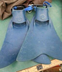 Force Fins - M / L Blue Scuba Diving Boogie Boarding, etc