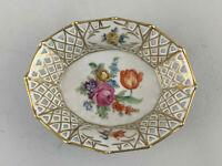 8640160 Porzellan Korb- Schale Schumann Durchbruchrand feines Blumendekor
